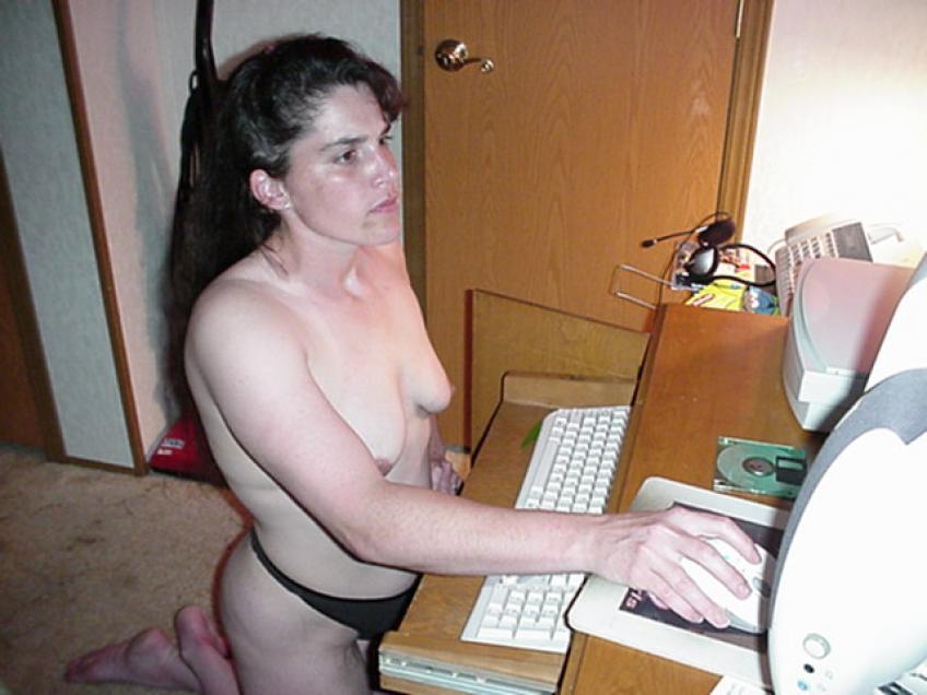 Nude Amateur Photos - Pics [.jpg]