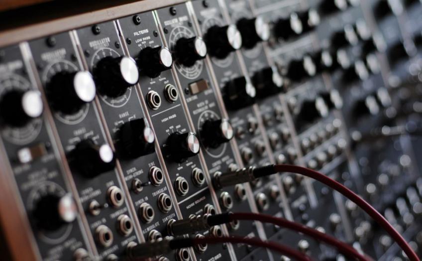 Oldschool-Hardware-Sample-r-CDz-Pack-for-AKAI-EMU-Ensoniq-ROLAND-etc-gigapack