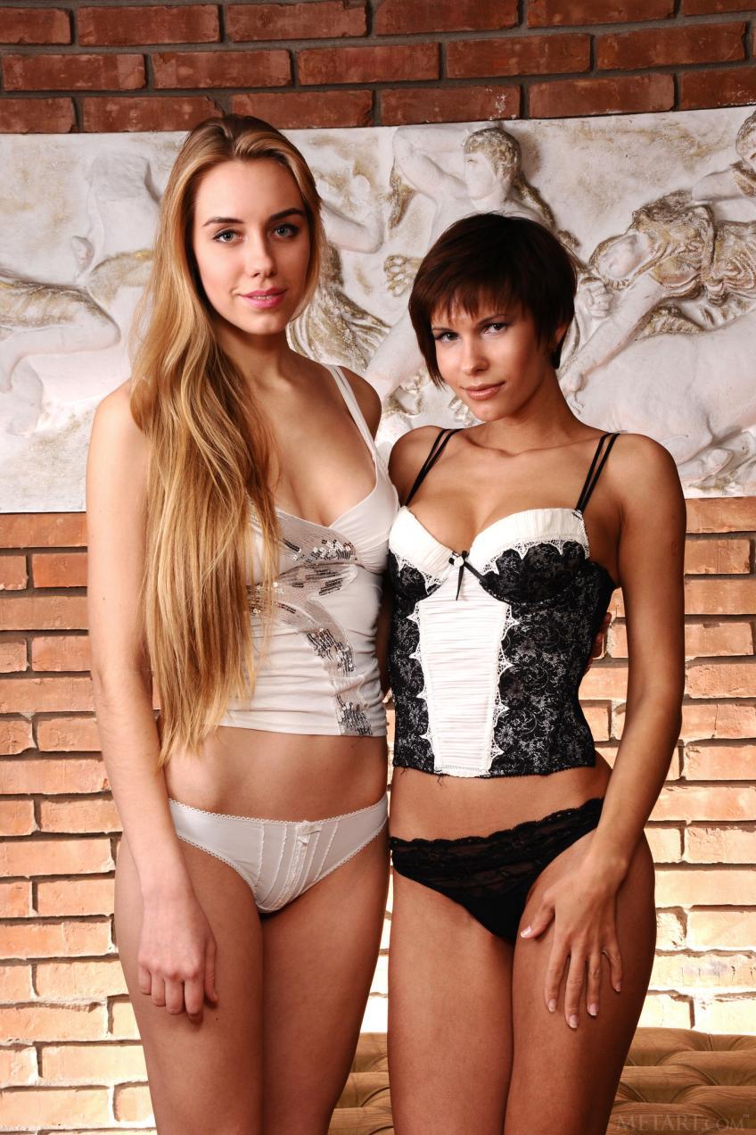 Met-Art - 2016-03-12 - Ryana & Suzanna A - Cremm