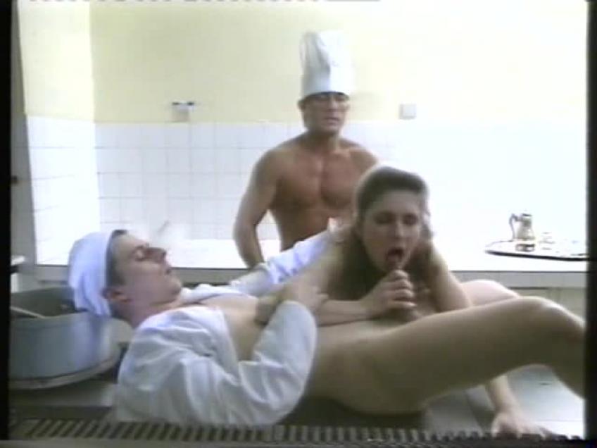 Hotel.Amor.1991.XXX.VHSRIP.XVID.HUNDUB-PORNOLOVERBLOG