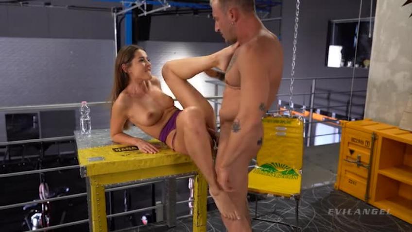 Roccos Fitness Sluts Teen Edition XXX DVDRip x264-WOP
